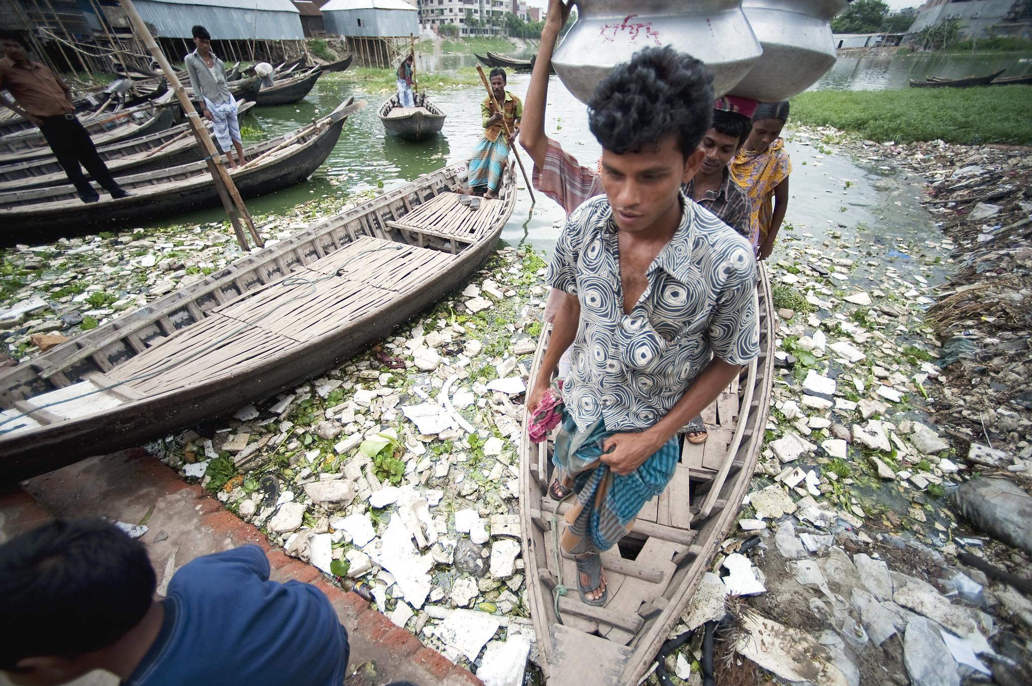 contaminated water in bangladesh slum is health hazard